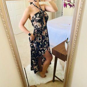 Women Size 6 Halter Summer Dress
